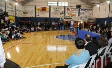 SPORTIVO ARGENTINO LUCE IMPECABLE